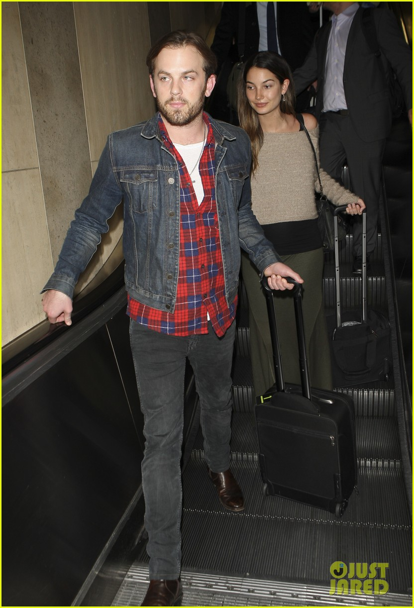 caleb followill pregnant lily aldridge lax 04