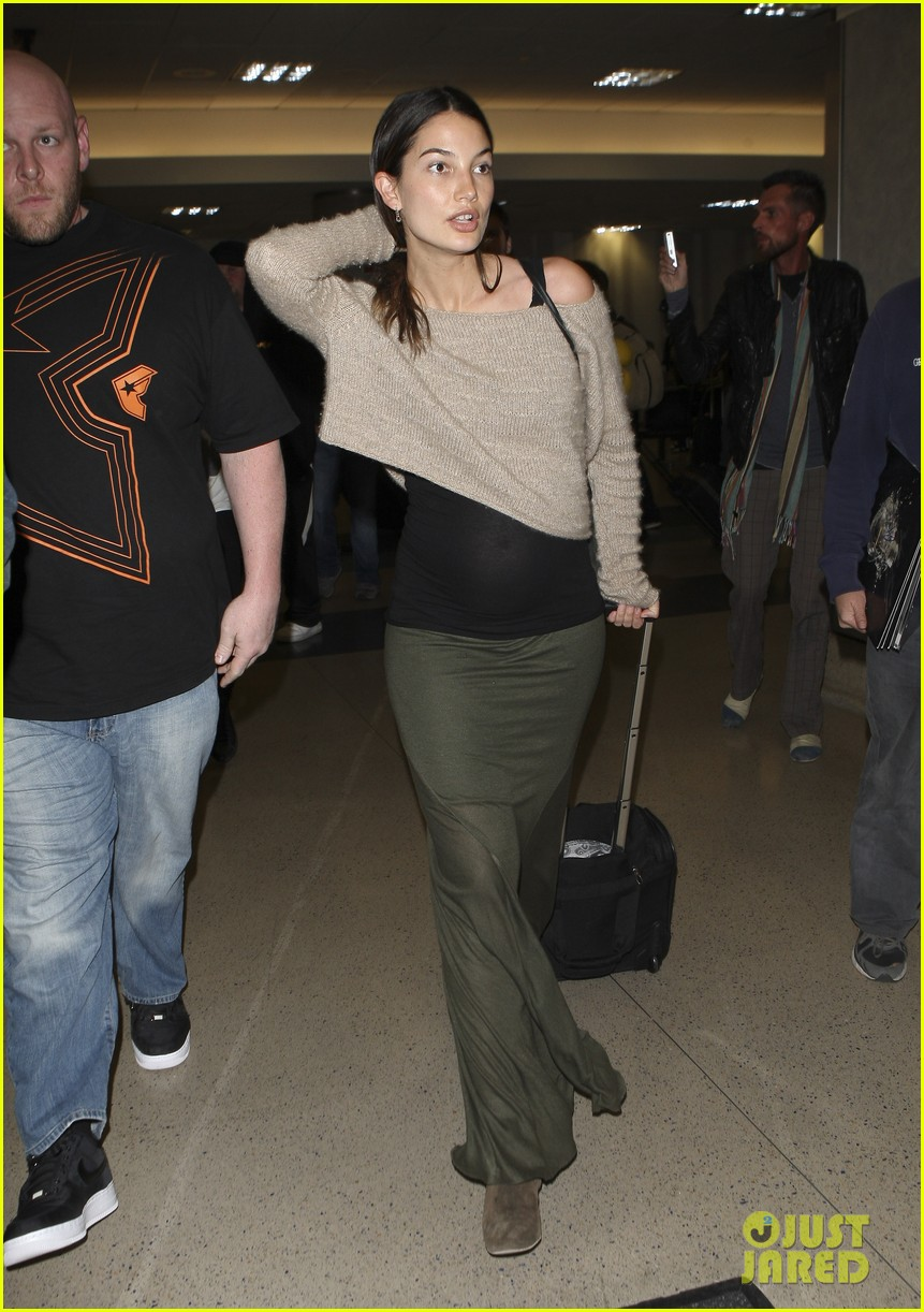 caleb followill pregnant lily aldridge lax 07