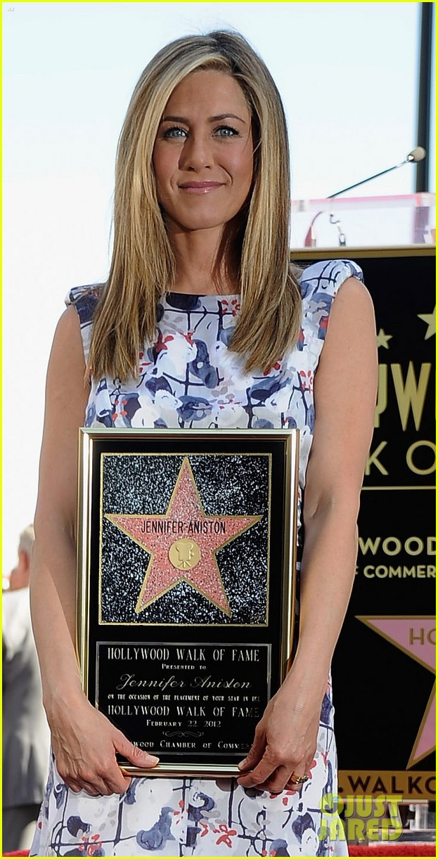 jennifer aniston star hollywood walk of fame 03