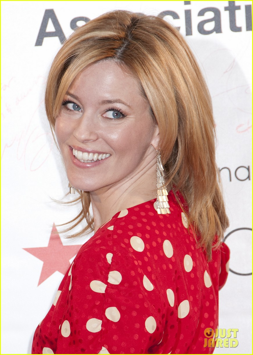 Elizabeth Banks Haircut Elizabeth Banks Aha's Wear