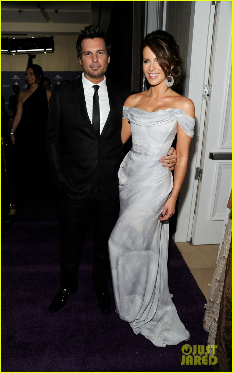 kate beckinsale costume designers guild awardss 01