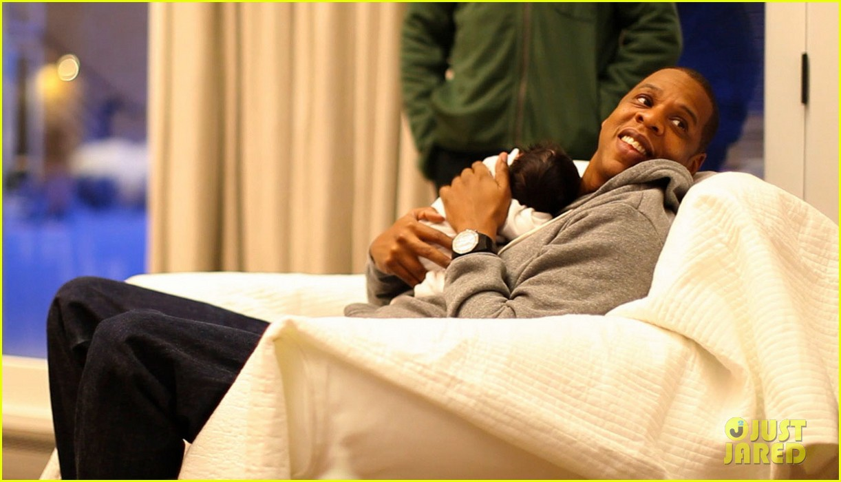 blue ivy carter first pictures 01