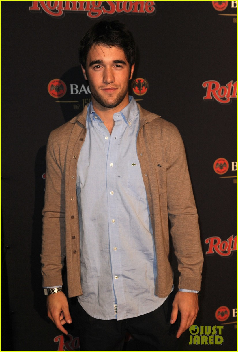 josh bowman joe manganiello rolling stone party 01
