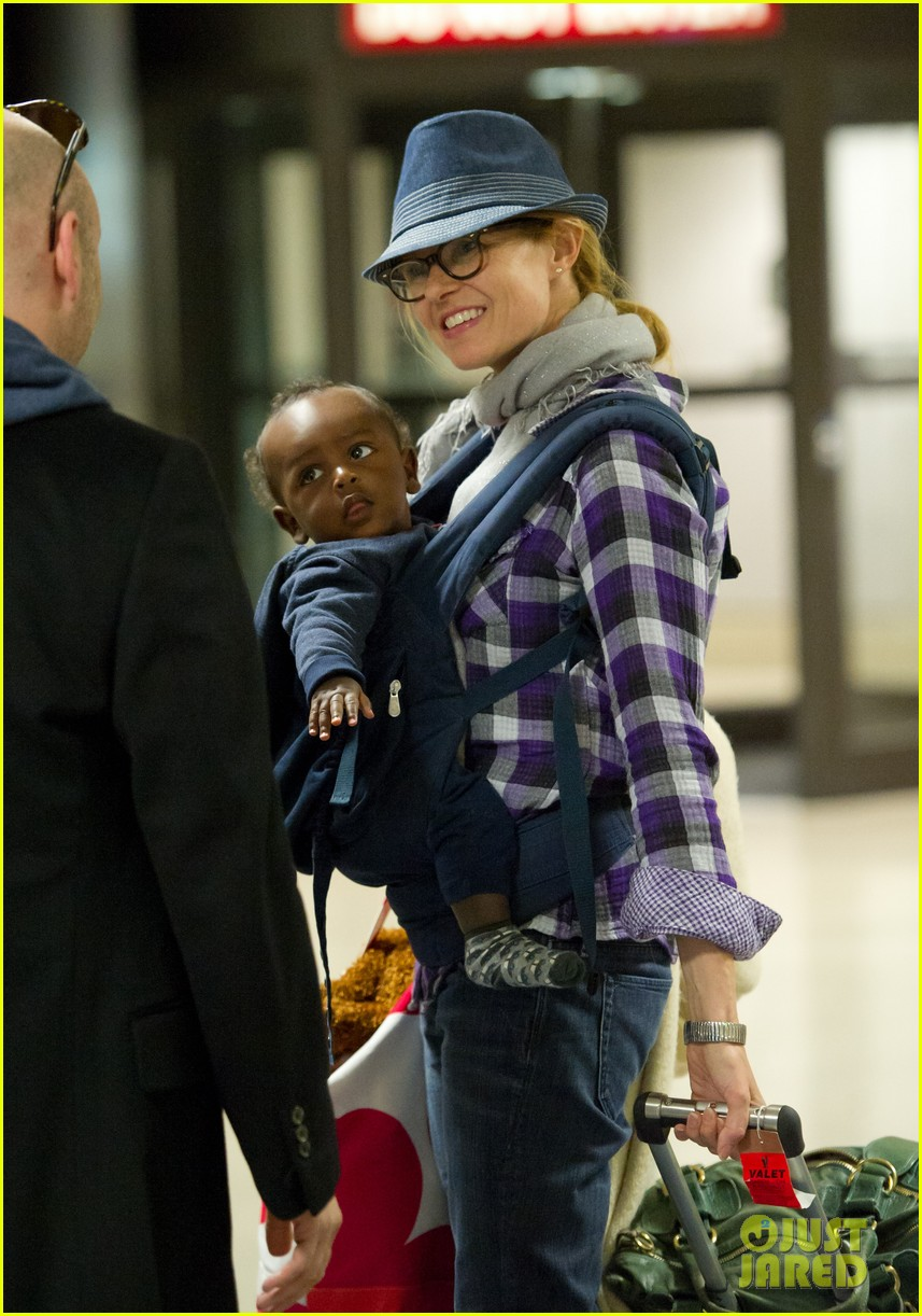 connie britton lax baby eyob 04