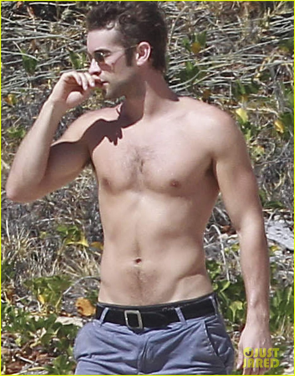 chace crawford shirtless cabo 01