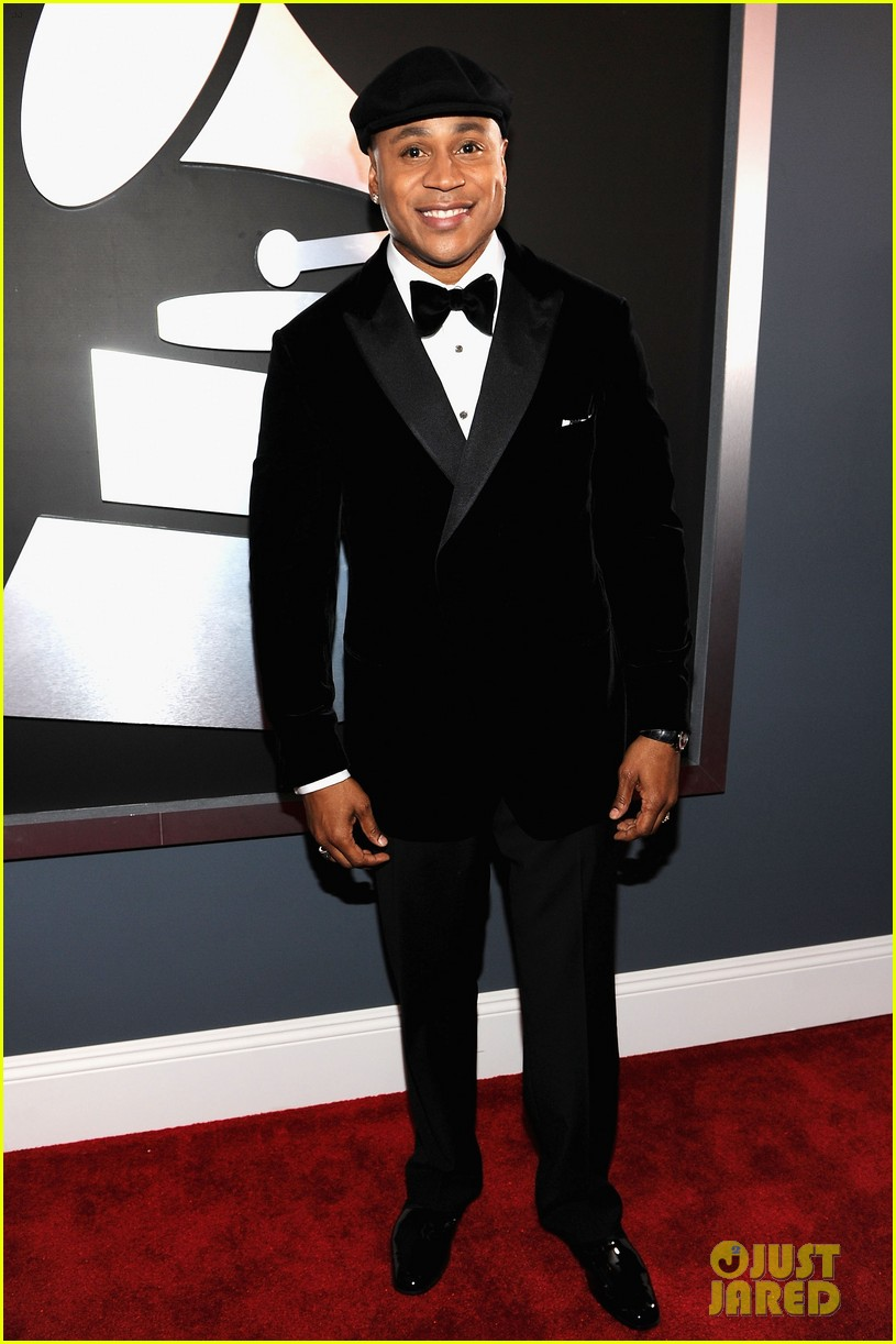 ll cool j grammys 2012 red carpet 042628199