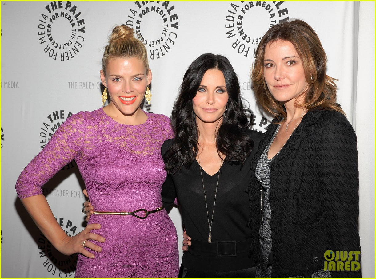 courteney cox cougar town viewing party 10