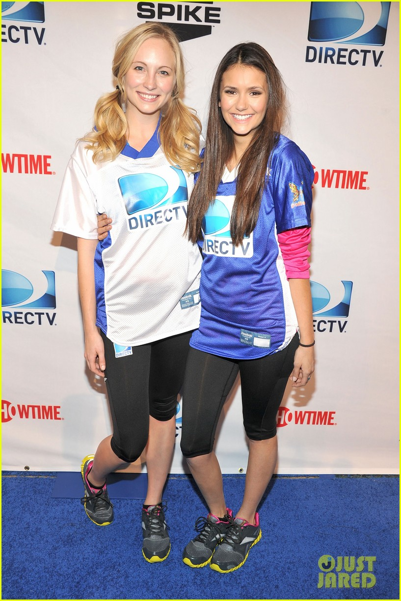 nina dobrev chace crawford celebrity beach bowl 21