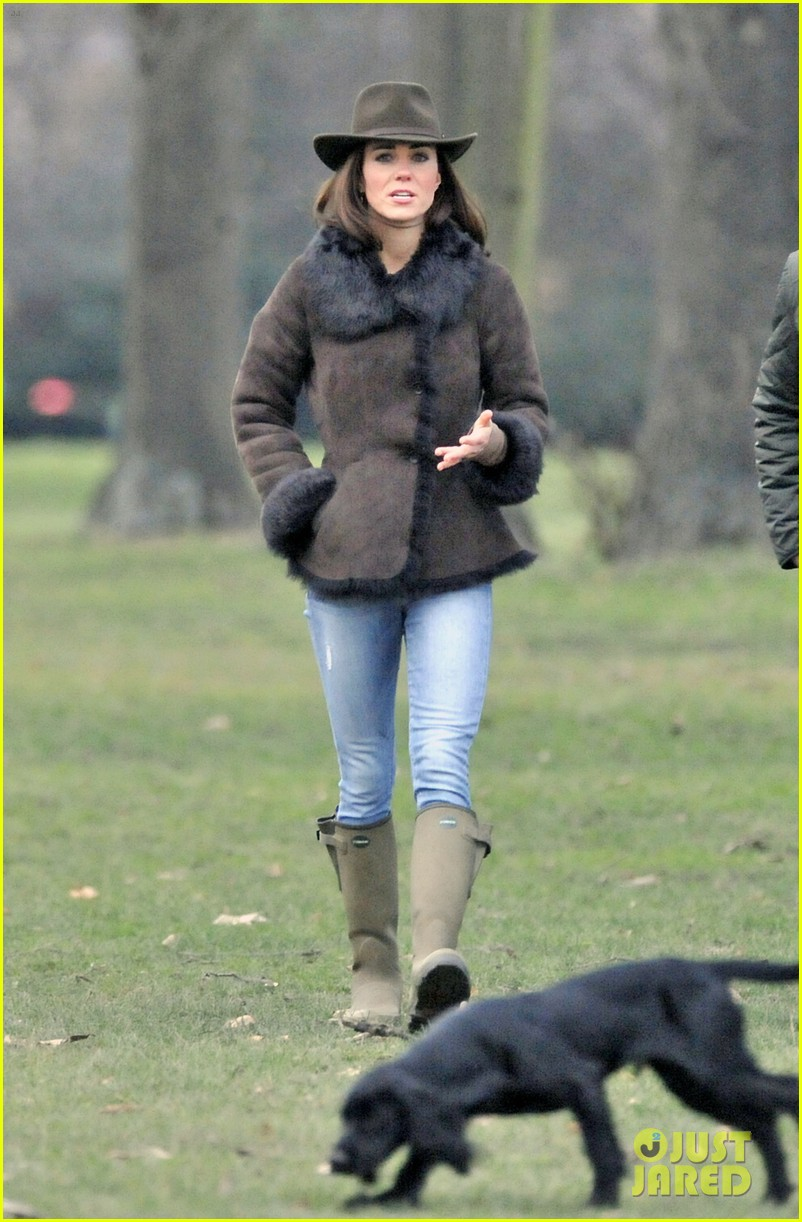 duchess kate lupo walk 02