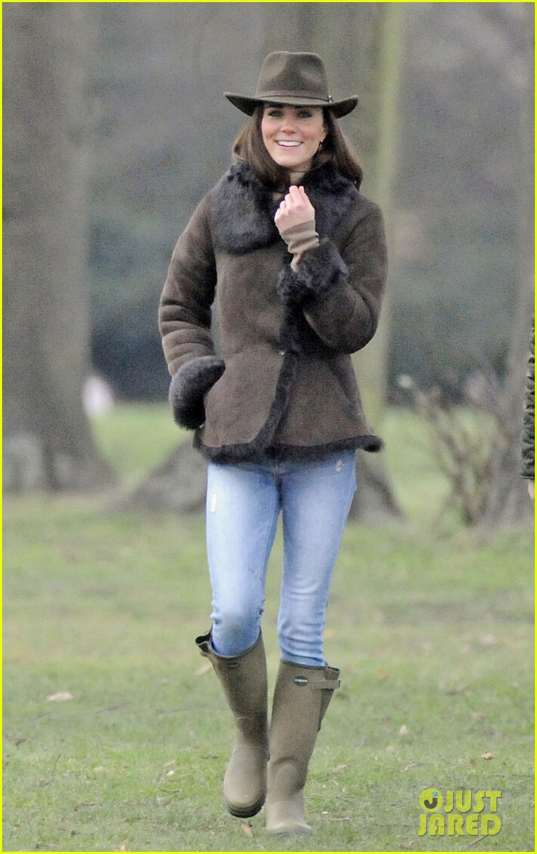 duchess kate lupo walk 03