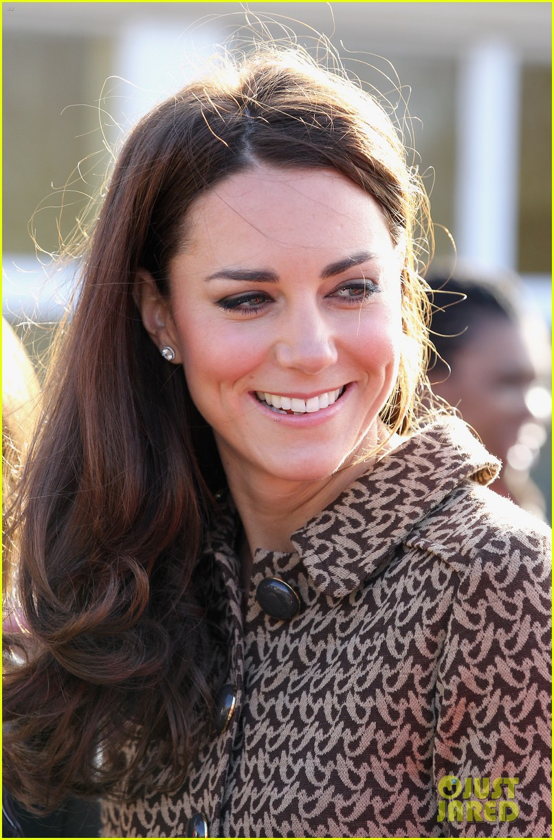 duchess kate rose hill primary school 14