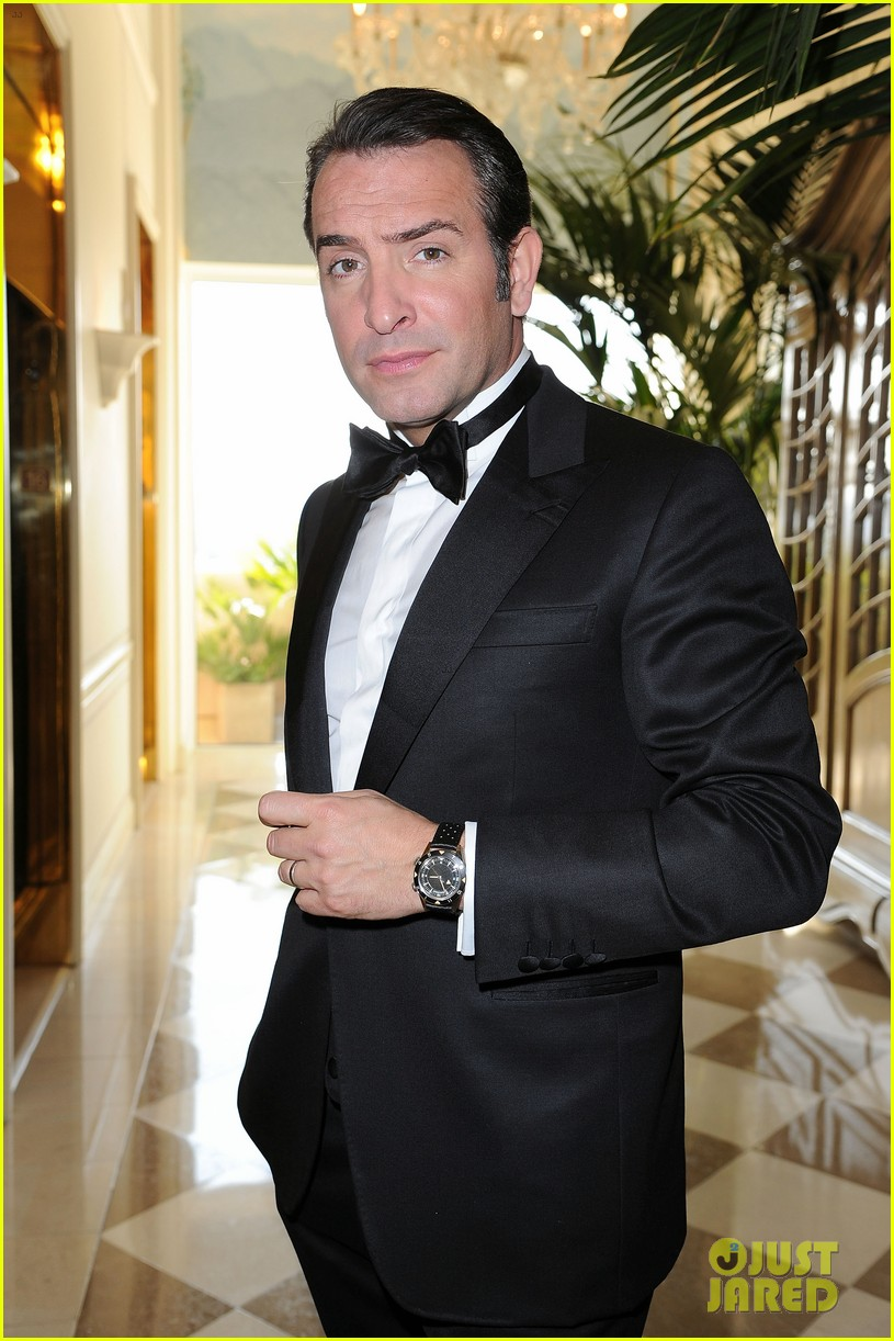 jean dujardin oscars 2012 red carpet 02