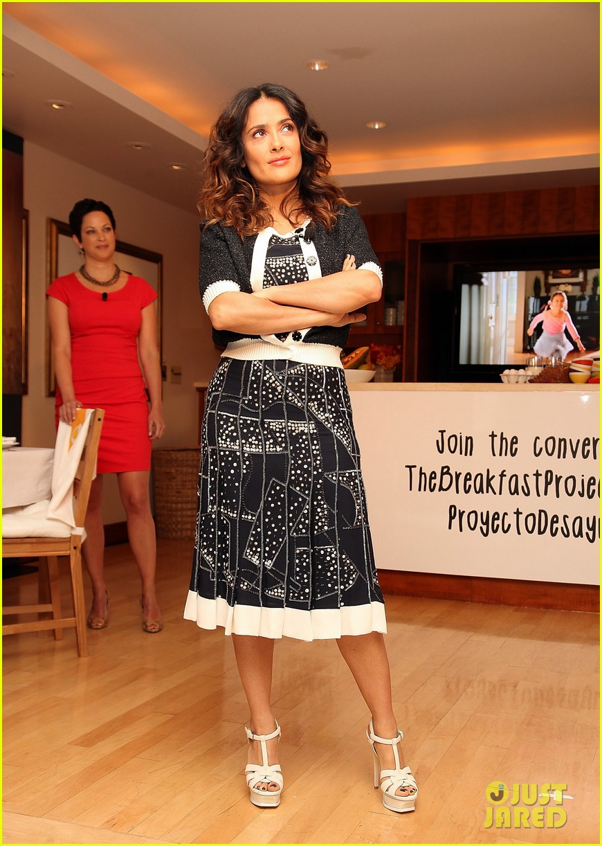 salma hayek breakfast project 04