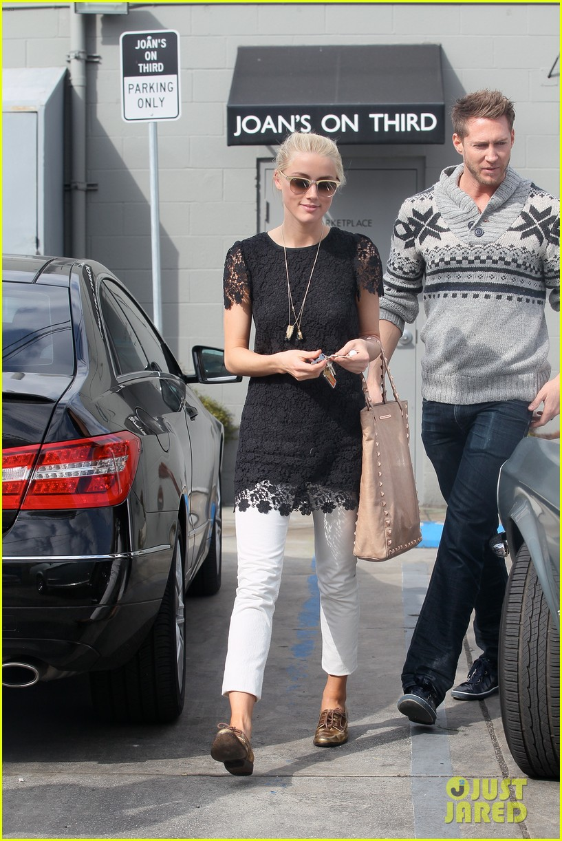 amber heard lunch 14