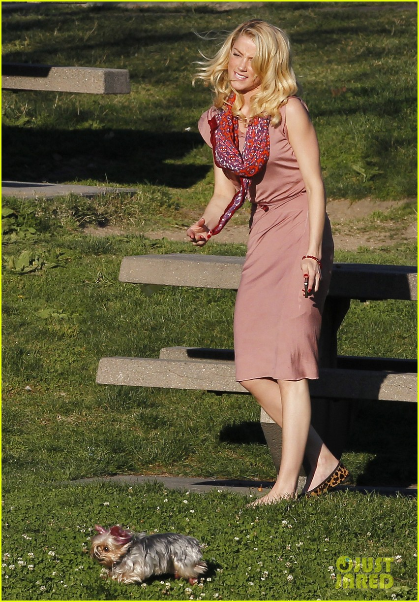 amber heard shopping picnic 11