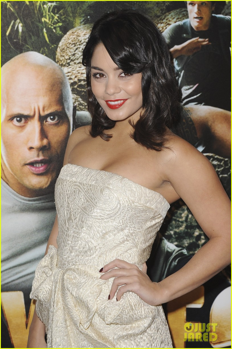 vanessa hudgens journey 2 paris premiere 052627923