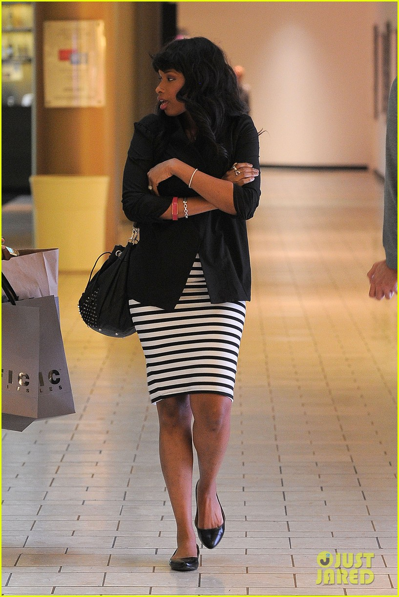 jennifer hudson shopping beverly center 072630042