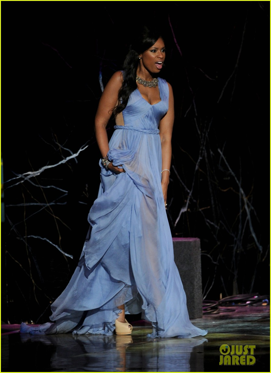 jennifer hudson naacp image awards 10