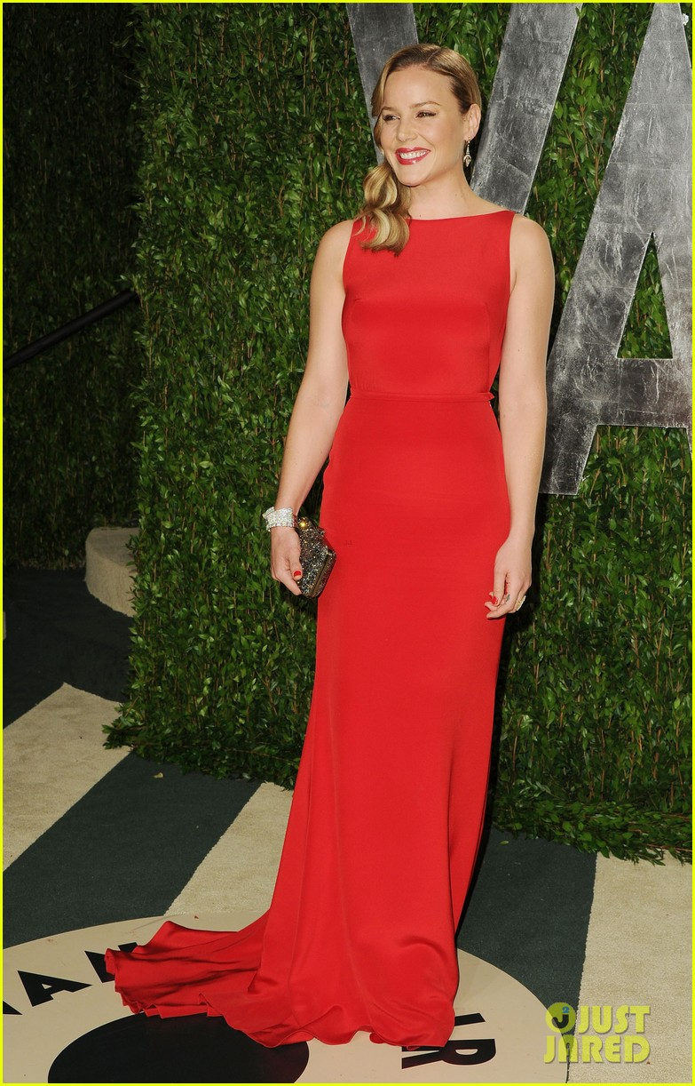 abbie cornish rashida jones vanity fair oscar party 02