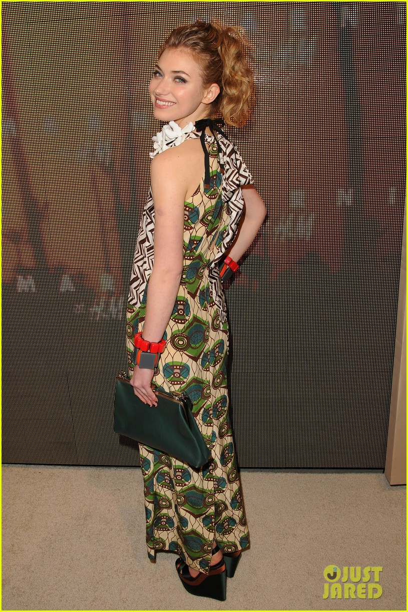 jaime king rose mcgowan marni for hm 11