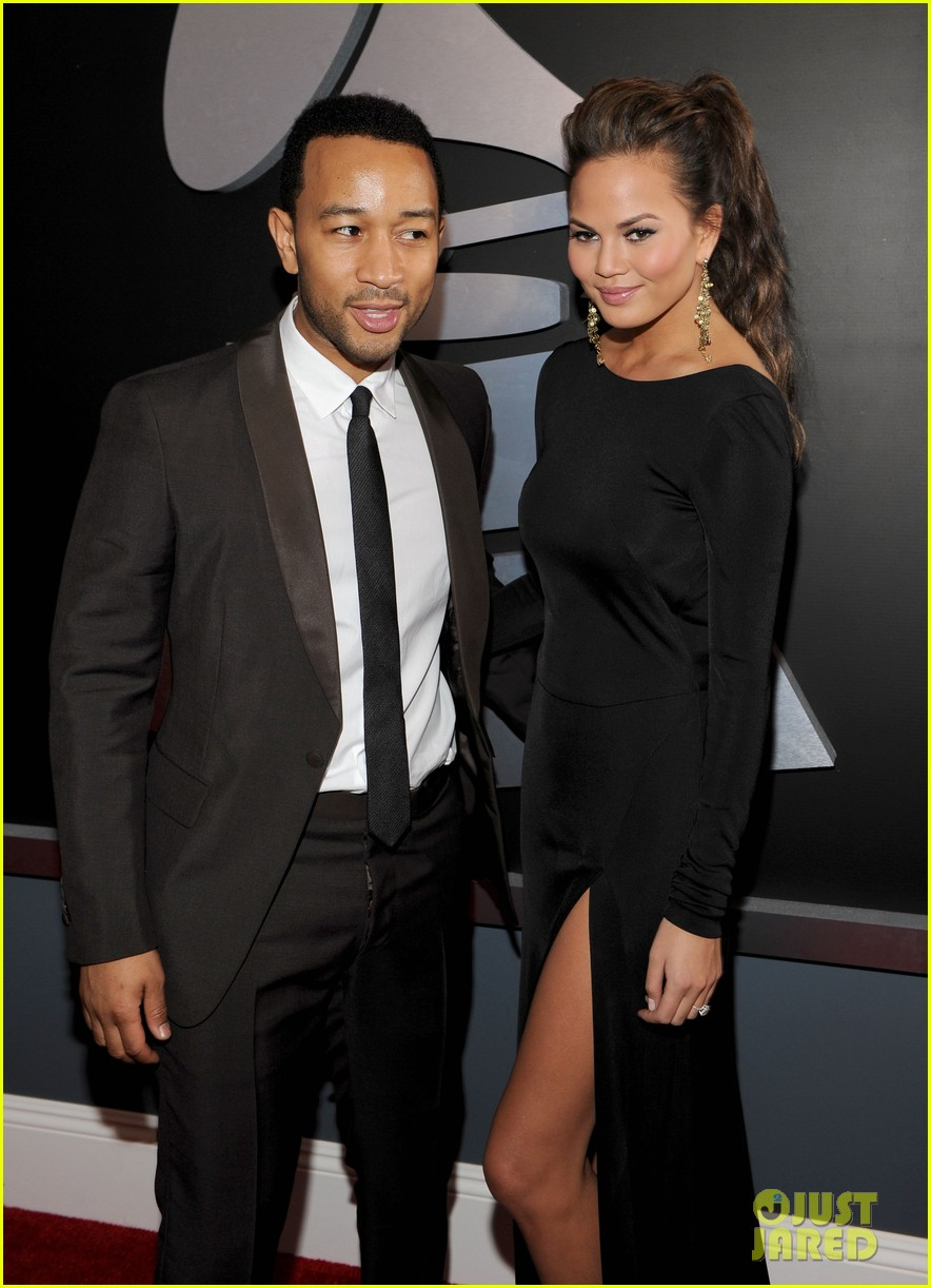 john legend chrissy teigen grammy awards 042628309