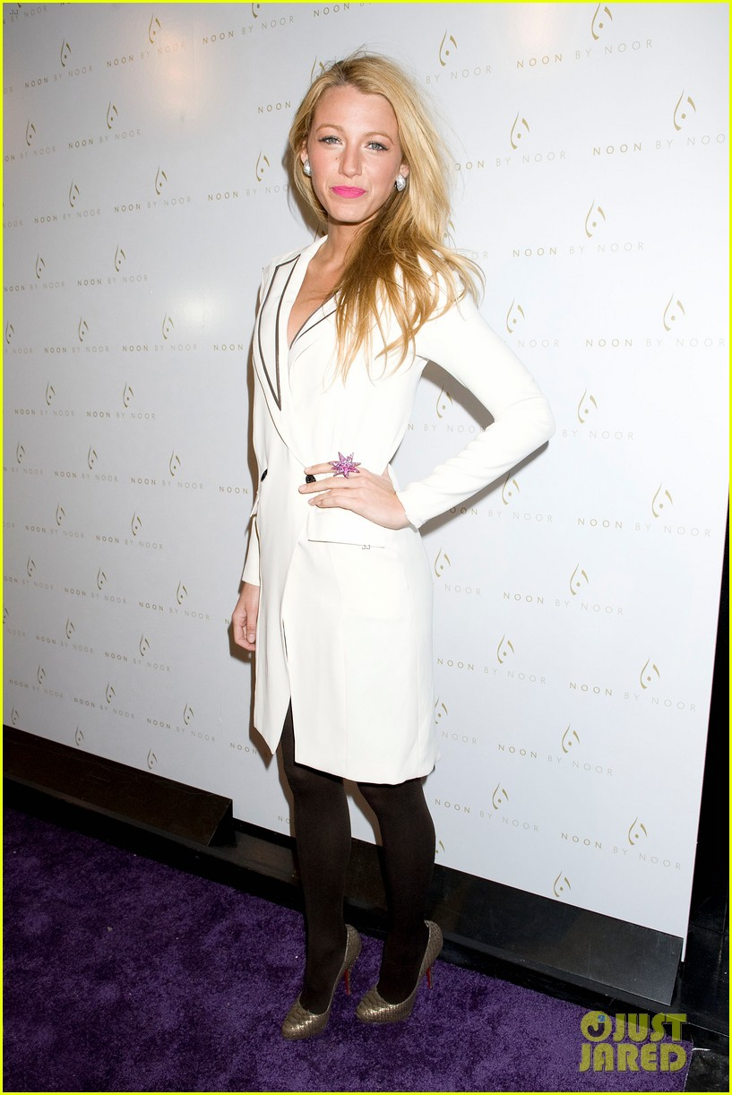 blake lively noon noor show 052629605