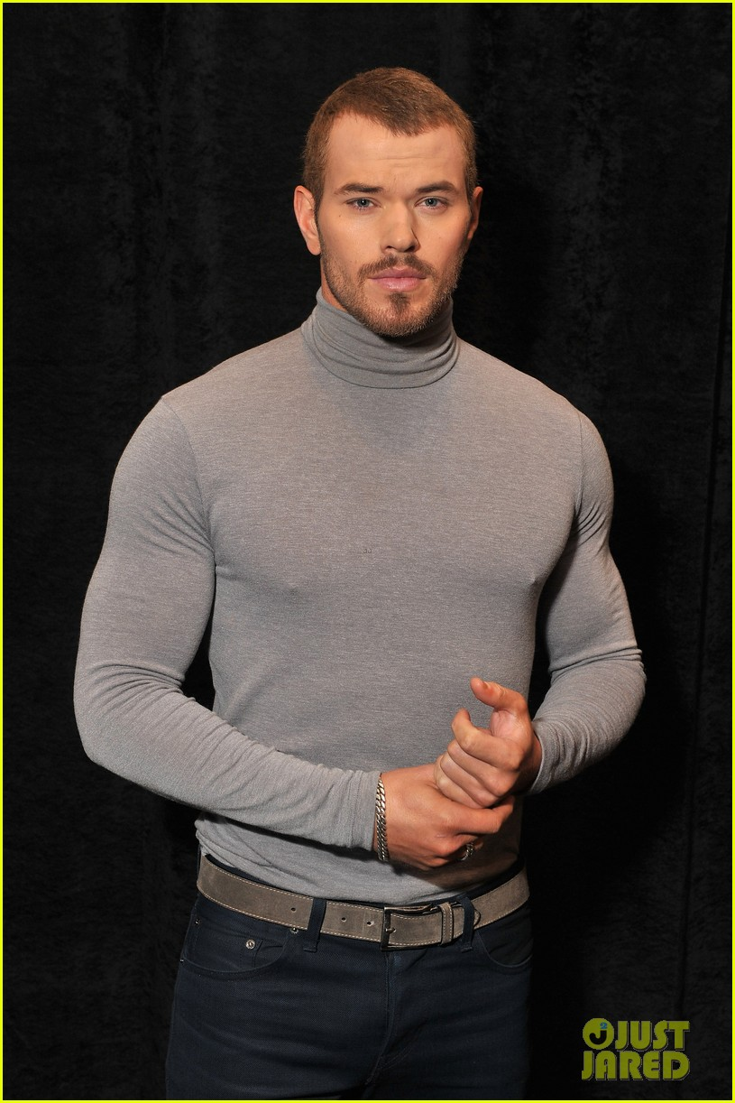 kellan lutz tight turtleneck at fashion week 08