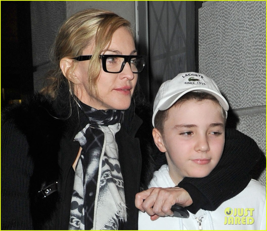 madonna out kids nyc 01
