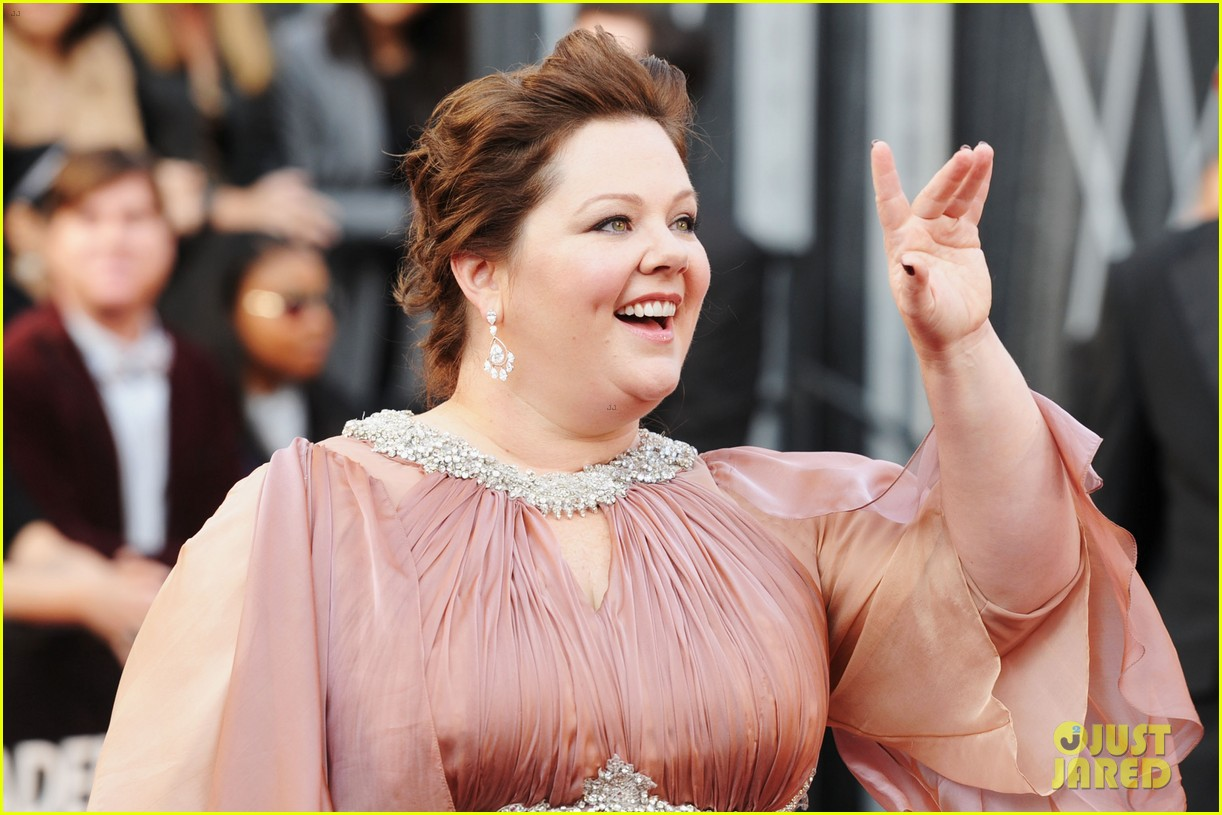 melissa mccarthy oscars 2012 red carpet 032633422
