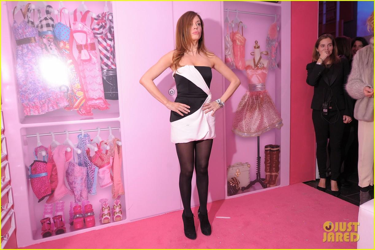 rose mcgowan barbie fashion week 10