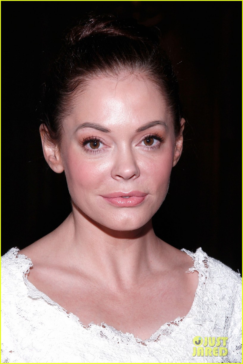 rose mcgowan barbie fashion week 11