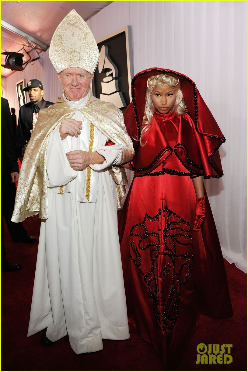 nick minaj grammy awards 2012 04