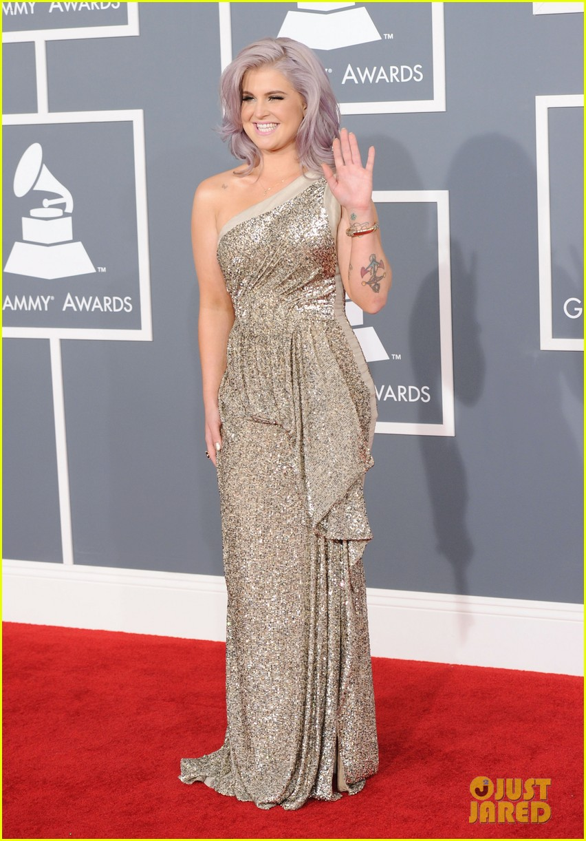 kelly osbourne grammy awards 2012 01