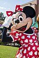 paula abdul minnie mouse walt disney world 01