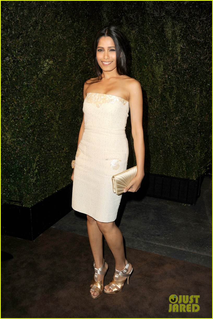 freida pinto dev patel chanel pre oscar party pair 08