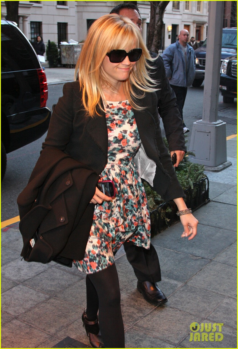 reese witherspoon hotel new york city 05