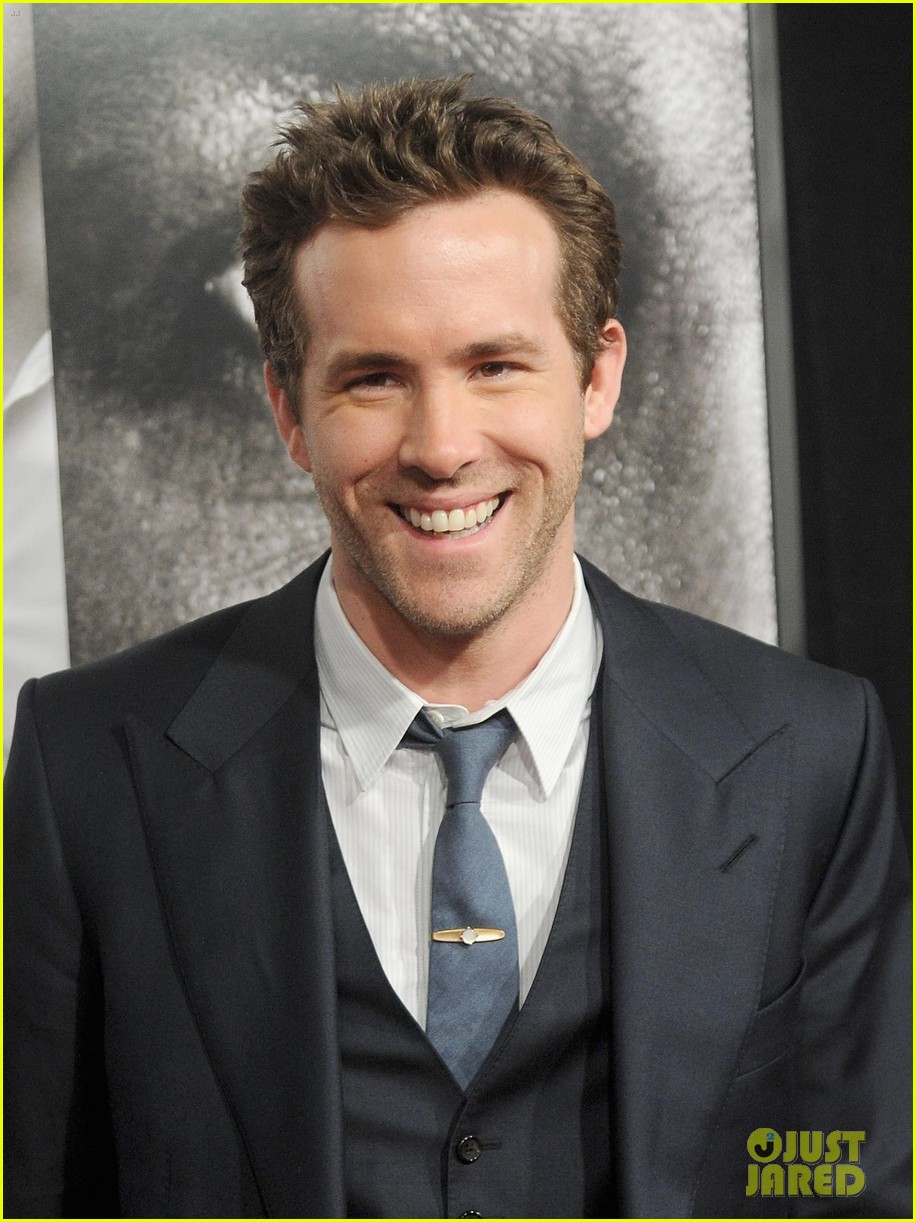 ryan reynolds denzel washington safe house premiere 04