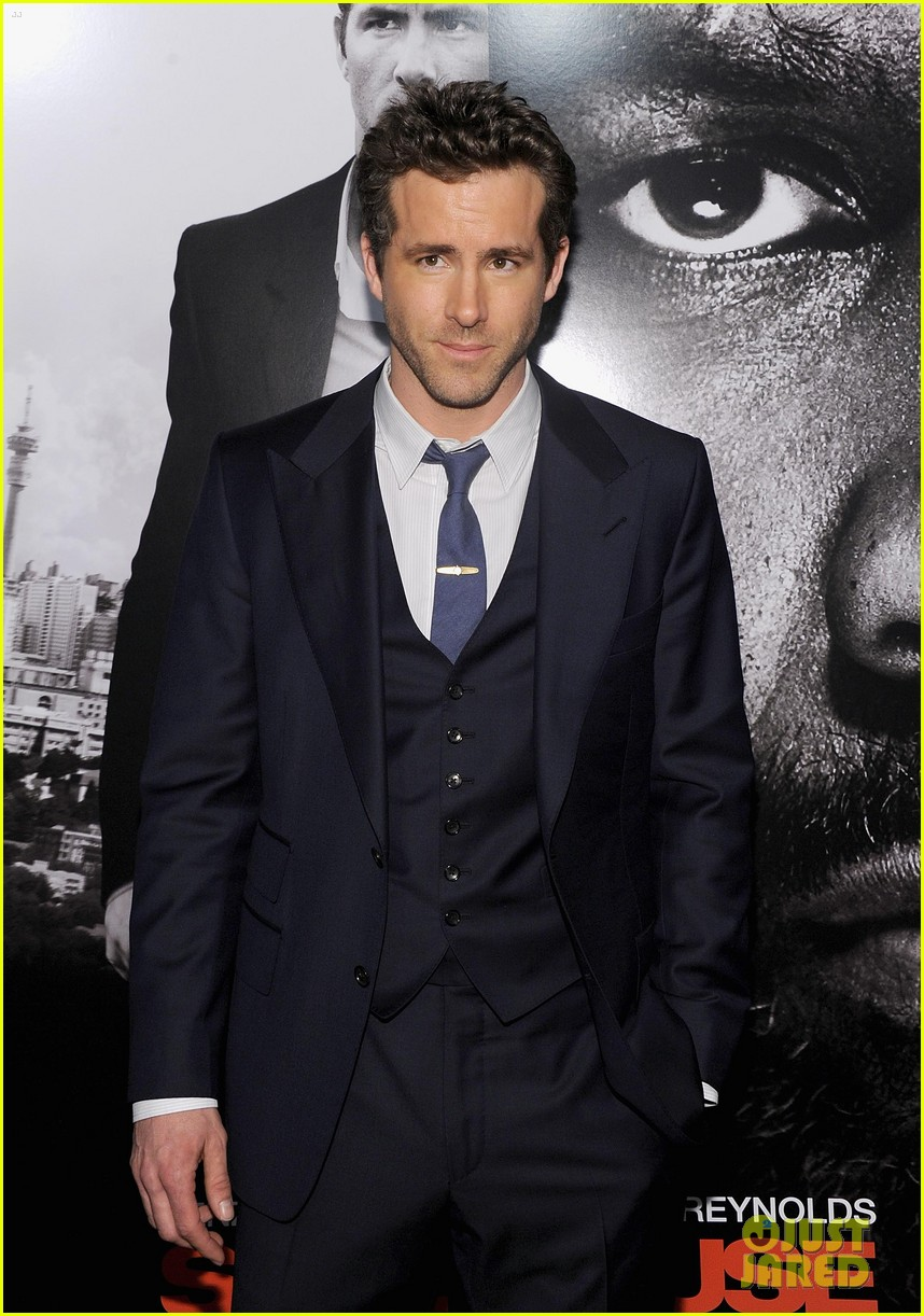 ryan reynolds denzel washington safe house premiere 10