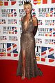 rihanna brit awards 2012 red carpet 08