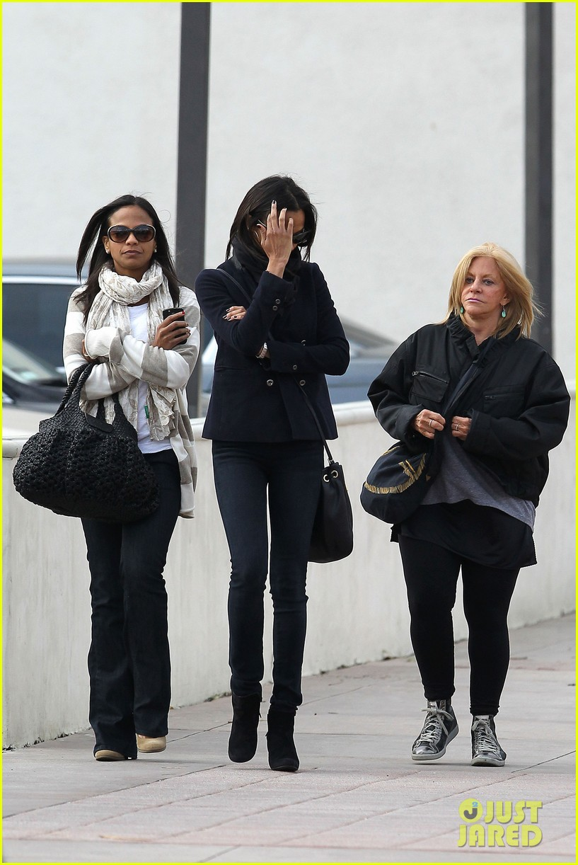 zoe saldana movies bradly coopers mom 06