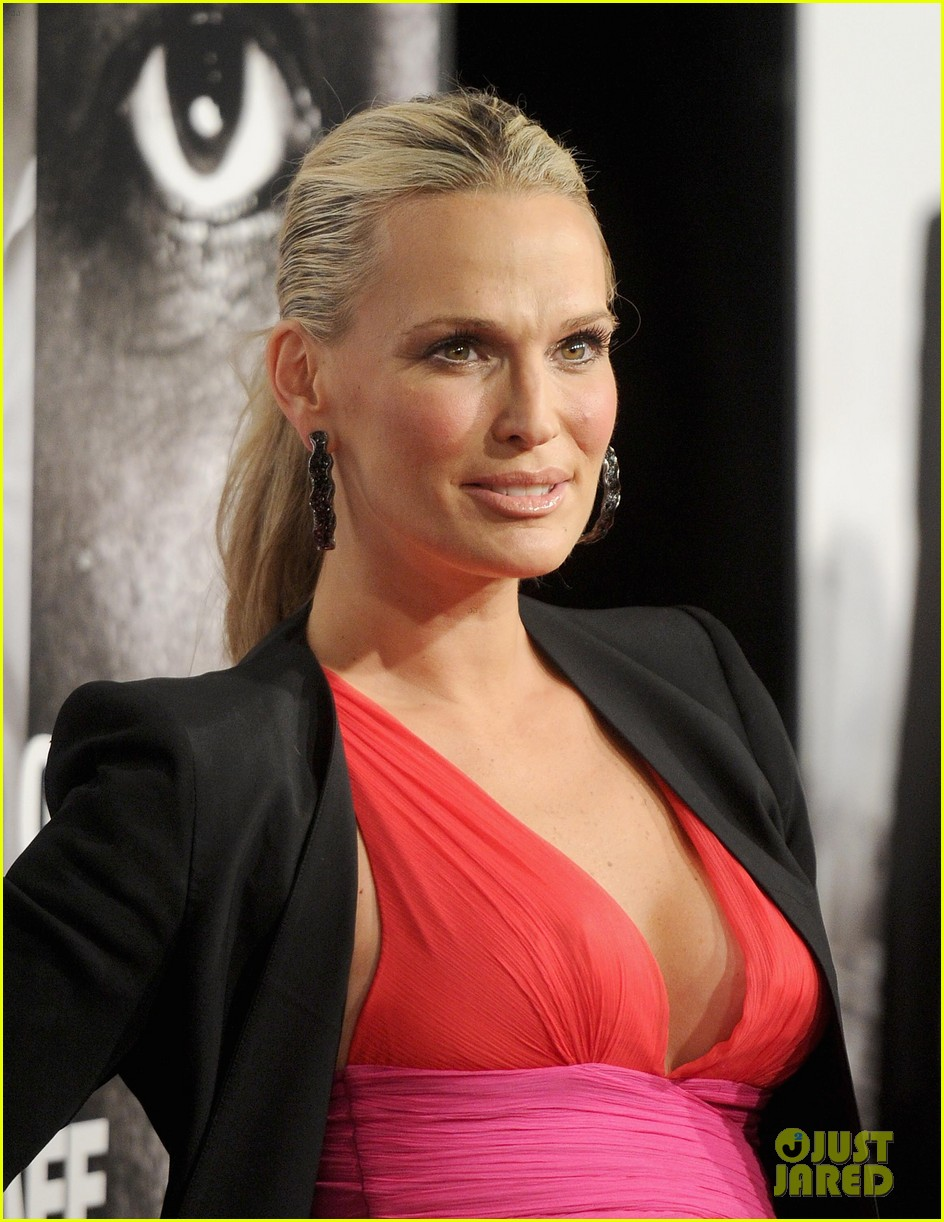 molly sims safe house premiere 03