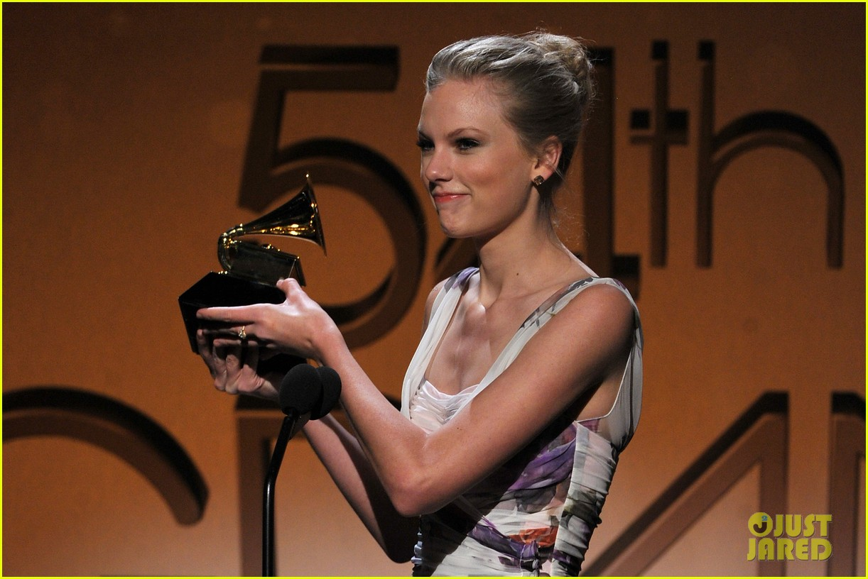 taylor swift grammys 08