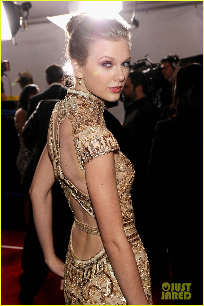taylor swift grammys 14