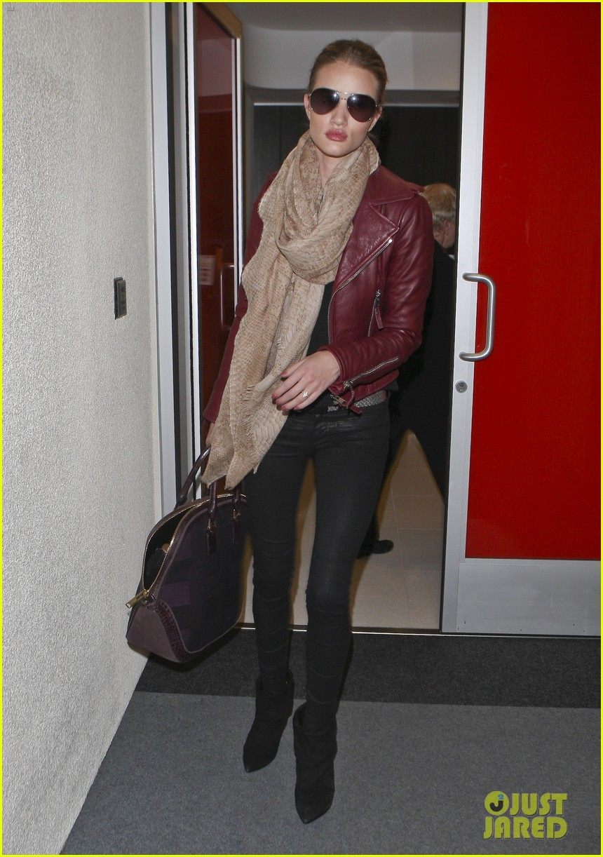 rosie huntington whiteley lax with jason statham 012632450