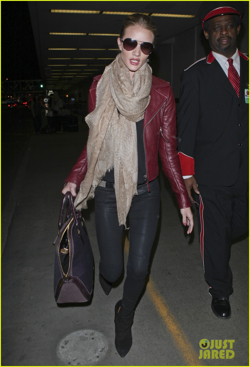 rosie huntington whiteley lax with jason statham 11