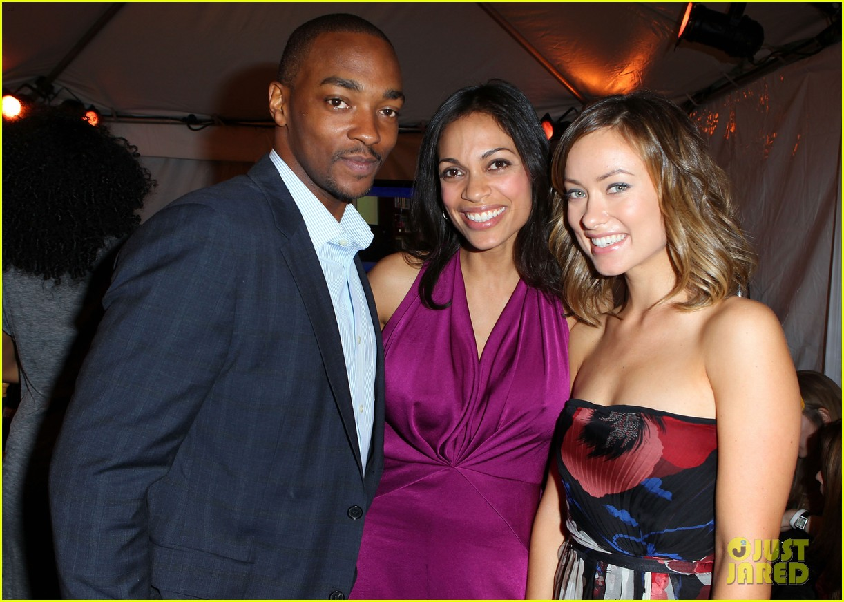 olivia wilde rosario dawson spirit awards 2012 032632948