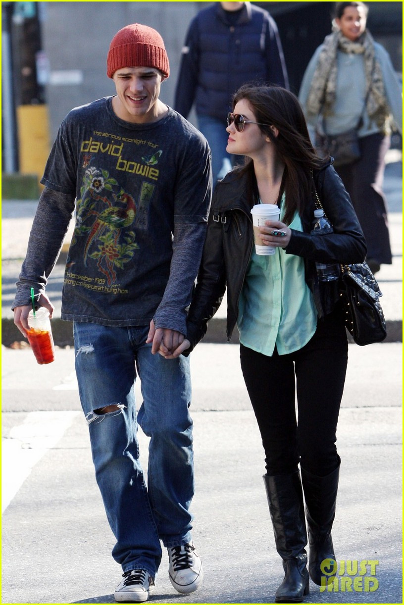chris zylka lucy hale holding hands 01