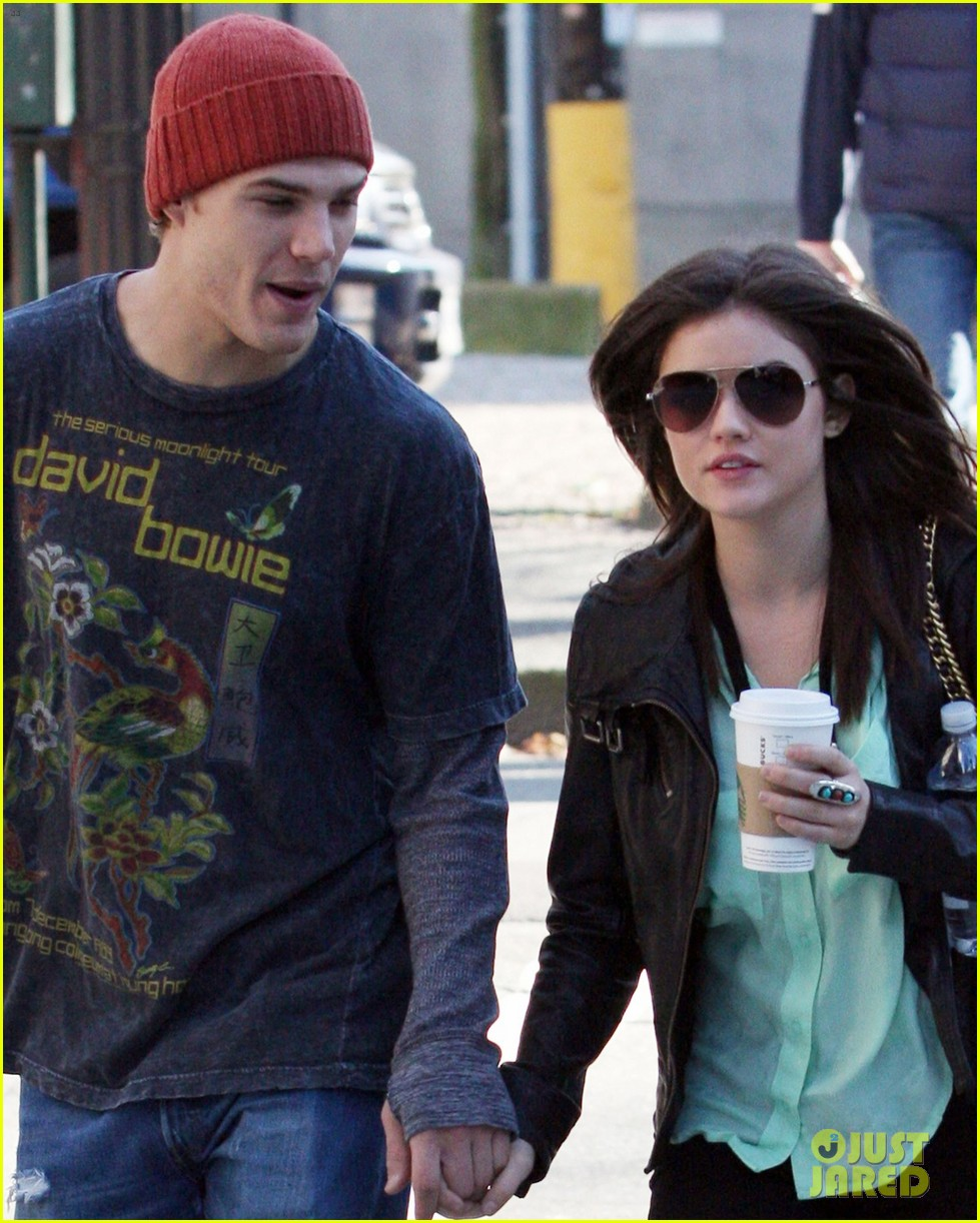 chris zylka lucy hale holding hands 04