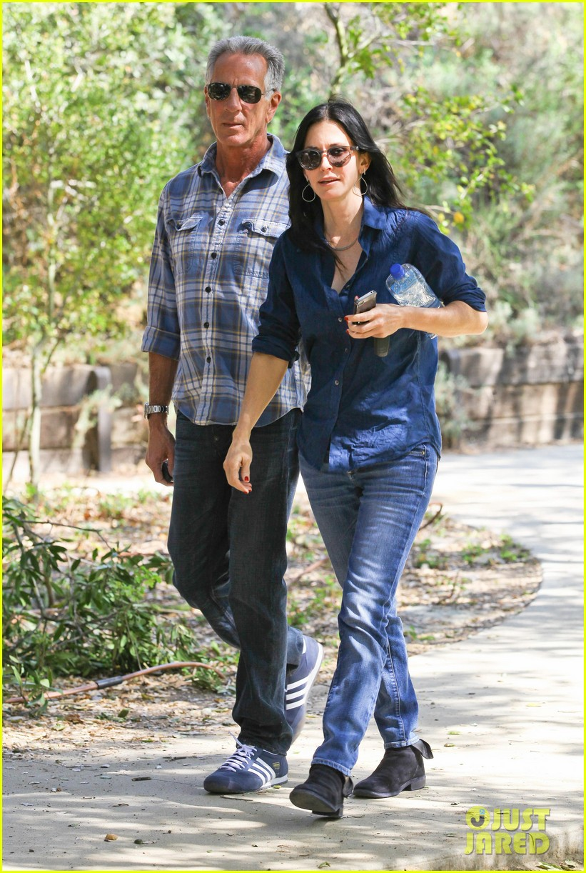 courteney cox cougar town location scouting 032635469