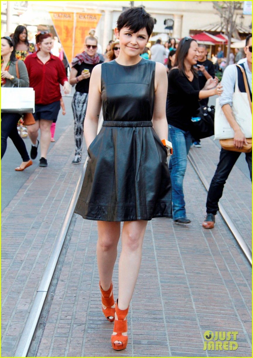 ginnifer goodwin extra appearance at the grove 052635610